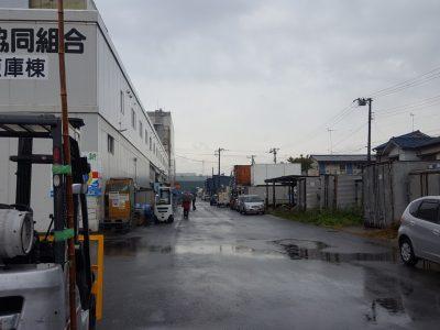 船橋漁港の朝市の入り口